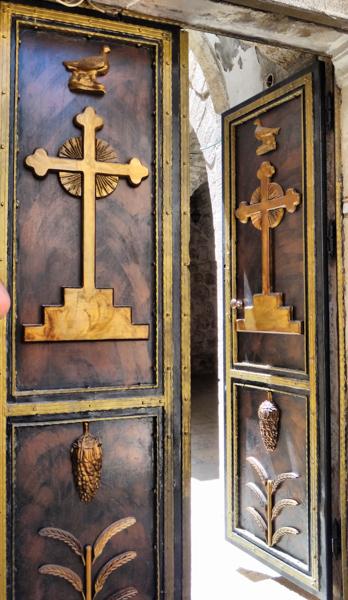 Jerusalem doors
